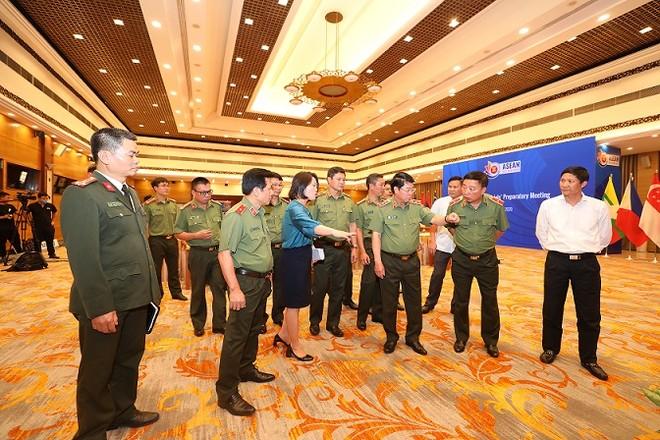 Bảo đảm an toàn mọi mặt công tác an ninh, trật tự, y tế phục vụ Hội nghị Cấp cao ASEAN lần thứ 37 tại Hà Nội ảnh 1