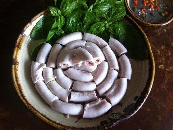 Lòng lợn tiết canh - ăn hay không ăn? ảnh 3