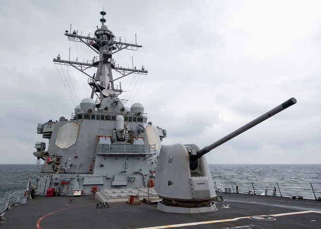 Tàu khu trục của Mỹ trở lại Biển Đông duy trì an ninh hàng hải và thúc đẩy hòa bình khu vực ảnh 1