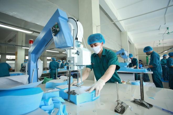 Việt Nam - điểm sáng kinh tế duy nhất ở châu Á ảnh 1