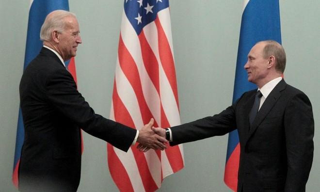 Ông Joe Biden và những chuyến thăm để lại dấu ấn tại Matxcơva ảnh 1