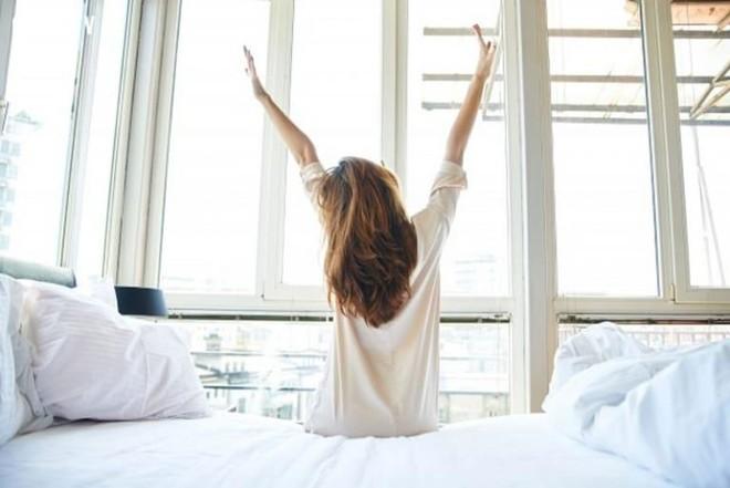 Việc nên làm ngay sau khi thức dậy giúp giảm cân, tăng cường sức khỏe ảnh 1