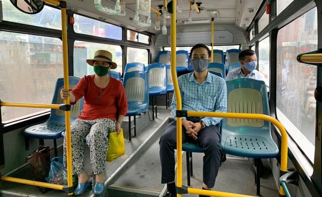 Hà Nội dừng giãn cách trên phương tiện vận tải công cộng từ ngày 8-3 ảnh 1