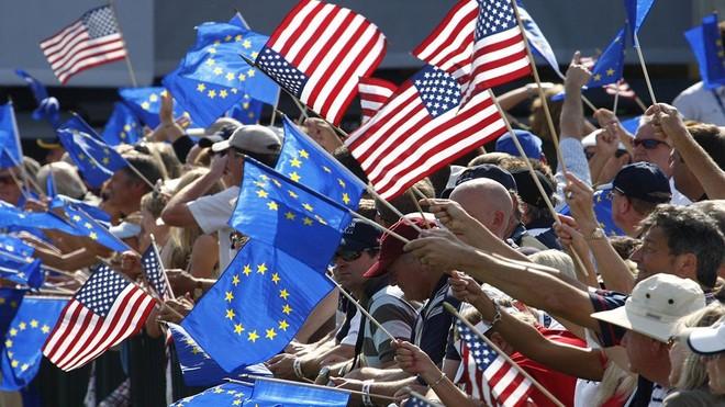 """EU - Mỹ """"hạ nhiệt"""" tranh chấp thương mại để phục hồi kinh tế khu vực và toàn cầu ảnh 1"""