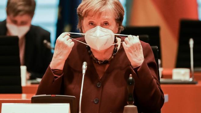 Vụ bê bối khẩu trang đe dọa phá hủy di sản của Thủ tướng Đức Angela Merkel ảnh 1