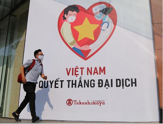 Một năm nhìn lại 9 bài học kinh nghiệm Việt Nam đoàn kết phòng chống thành công đại dịch toàn cầu ảnh 1