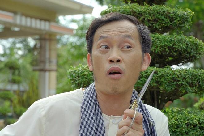 """Danh hài Hoài Linh giải thích về clip """"tự thông cống móc bùn"""" ảnh 1"""