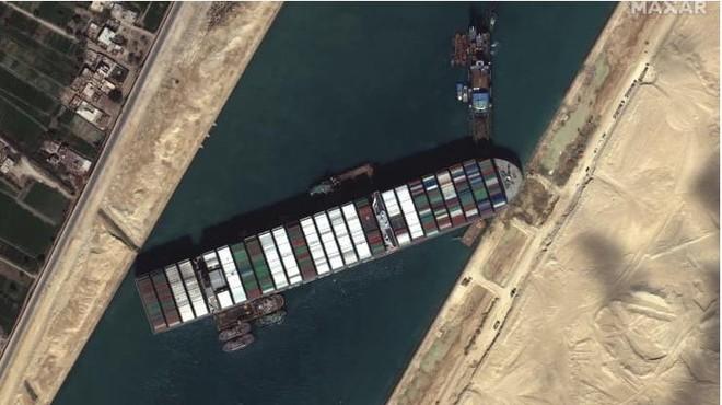 Giải cứu thủy lộ kênh đào Suez, tuyến hàng hải huyết mạch nối liền hai lục địa Á - Âu ảnh 1