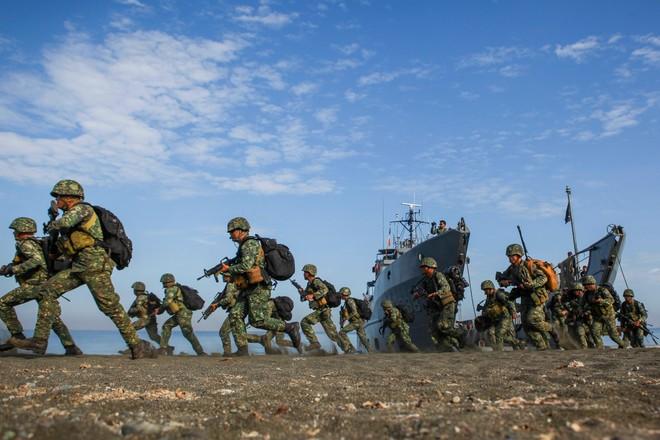 Chung sức đáp trả mạnh mẽ sự phi pháp và phô trương sức mạnh của Trung Quốc ở Biển Đông ảnh 1