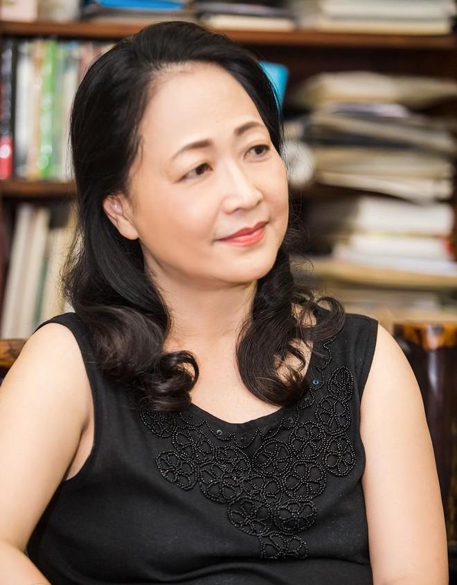 """NSND Như Quỳnh: """"Tuổi này vẫn được đóng phim là một điều hạnh phúc"""" ảnh 1"""