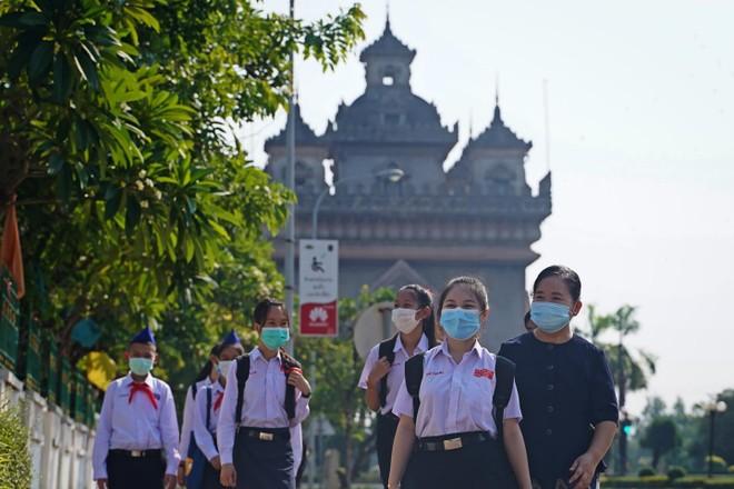 Lào phong tỏa một số địa điểm ở Thủ đô Vientiane vì số ca nhiễm Covid-19 tăng vọt ảnh 1