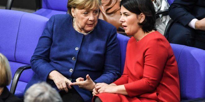 Nữ chính trị gia có khả năng kế nhiệm Thủ tướng Angela Merkel ảnh 1