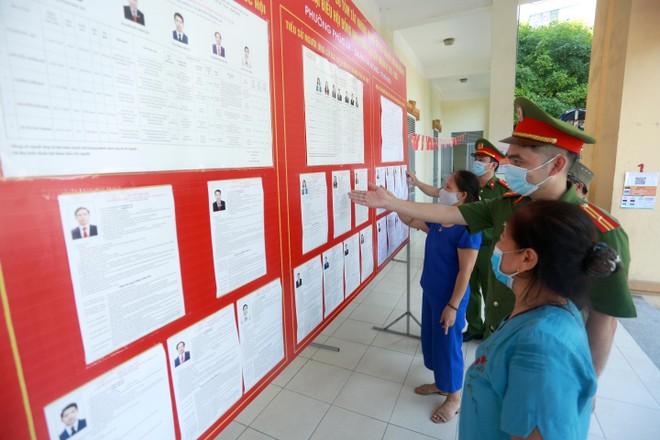 Công an Hà Nội đóng góp xứng đáng vào thành công của Ngày hội non sông ảnh 1