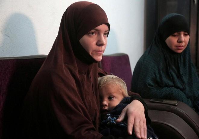 Nhận về hay bỏ lại các gia đình IS ở Syria - bài toán khó cho châu Âu ảnh 2