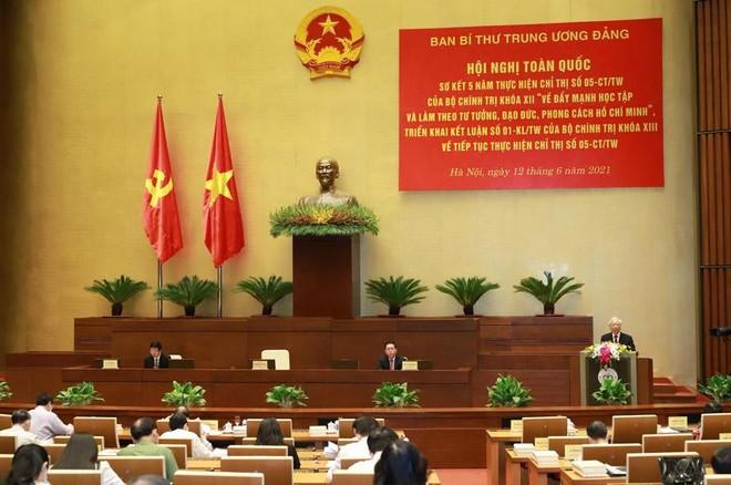 Đưa việc học tập và làm theo tư tưởng, đạo đức, phong cách Hồ Chí Minh thành lẽ sống tự nhiên ảnh 1