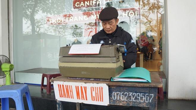 Nghề đánh máy chữ ở Hà Nội xưa ảnh 2