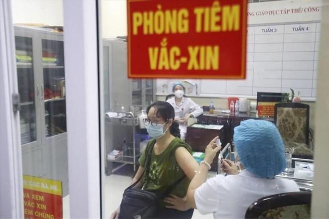 Hà Nội: Thần tốc bao phủ tiêm chủng vaccine Covid-19 sớm nhất có thể ảnh 1