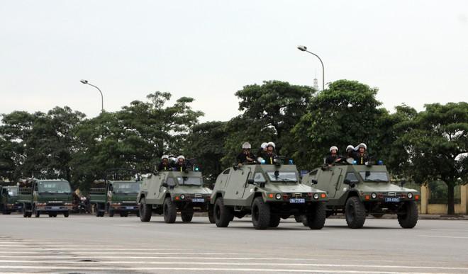 Khai mạc diễn tập khu vực phòng thủ Thủ đô năm 2013 ảnh 2