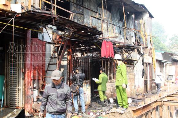 Cháy khu nhà trọ cạnh nhà khách La Thành ảnh 2