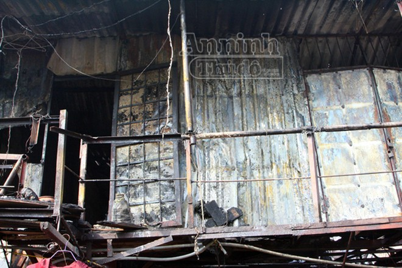 Cháy khu nhà trọ cạnh nhà khách La Thành ảnh 1