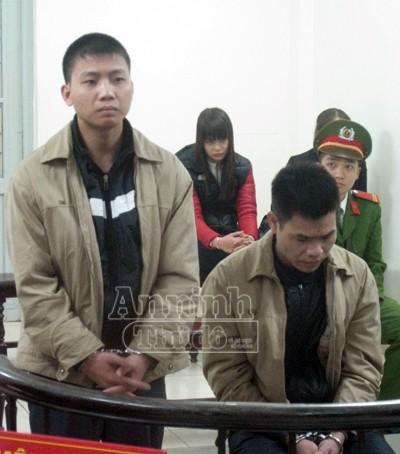 Trả hồ sơ để điều tra nghi can số 3, vụ tạt axit ở phố Yên Phụ - Tây Hồ ảnh 1