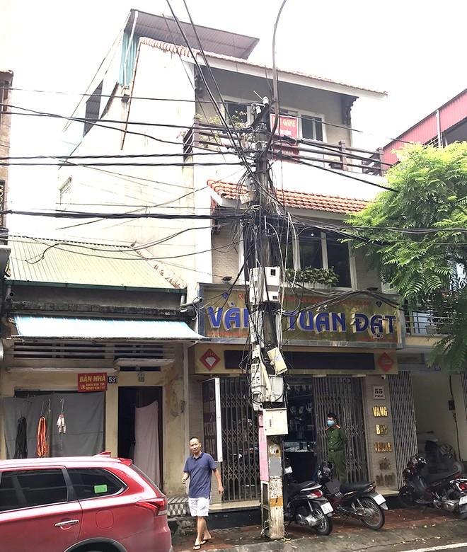 Bắt nghi can trộm 350 cây vàng ở thị xã Sơn Tây ảnh 2