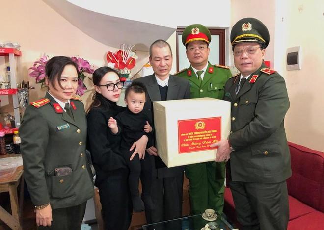 Giám đốc CATP Hà Nội tri ân, chúc Tết đồng chí, đồng đội ảnh 1