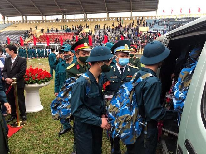 Thị xã Sơn Tây, Hà Nội tổ chức Lễ giao nhận quân năm 2021 ảnh 7