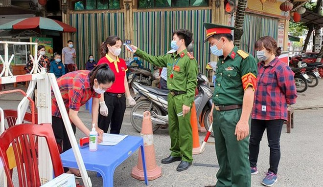 Vĩnh Phúc: Tạm đình chỉ công tác Chủ tịch UBND thị trấn vì lơ là phòng, chống dịch Covid-19 ảnh 2