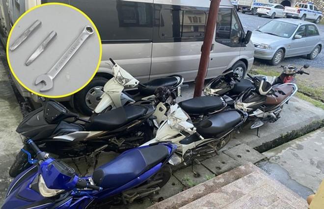 Ổ nhóm trộm cắp, tiêu thụ hàng chục xe máy sa lưới ảnh 3