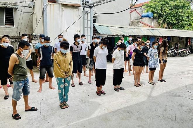 """Đến quán Karaoke Gang Nam tụ tập cùng nhau sử dụng ma tuý """"bay lắc"""" mừng sinh nhật ảnh 1"""