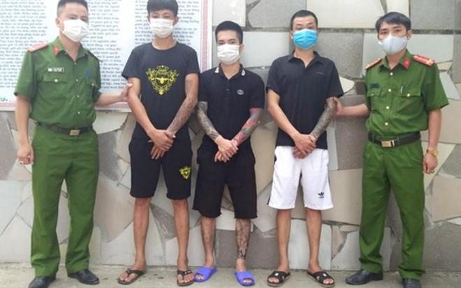 Nghệ An: Xóa 2 tụ điểm phức tạp về ma túy, bắt giữ 3 đối tượng liên quan ảnh 1