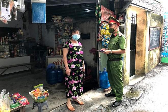 Cửa hàng kinh doanh ăn uống tại Hà Nội: Đa phần tuân thủ phòng dịch, có nơi cố tình vi phạm ảnh 4