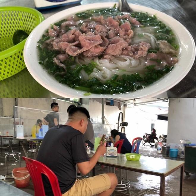 Hà Nội: Nhiều hàng quán bán đồ ăn, phục vụ uống cafe tại chỗ cho các 'thượng đế' ảnh 4
