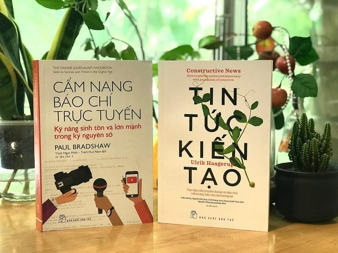 Ra mắt hai cuốn sách về nghề báo và truyền thông hiện đại ảnh 1