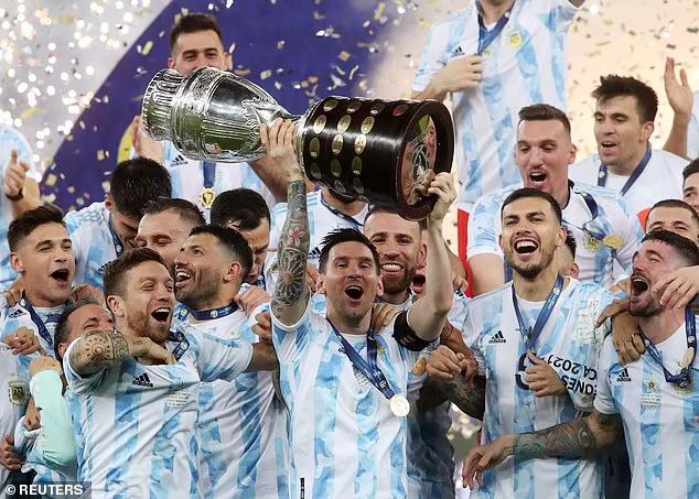 Vô địch Copa America, Messi giải cơn khát danh hiệu cùng Argentina ảnh 5