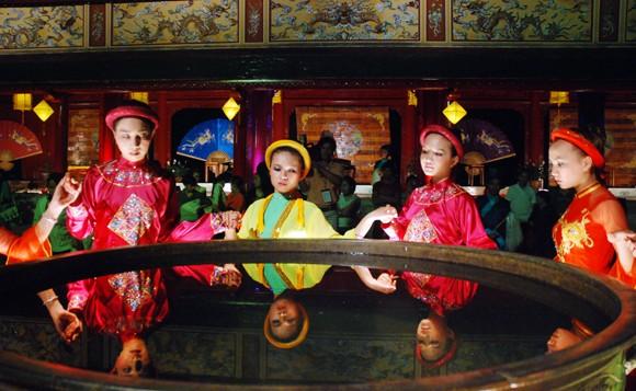 Nhìn lại 9 ngày sôi nổi của Festival Huế 2012 ảnh 5