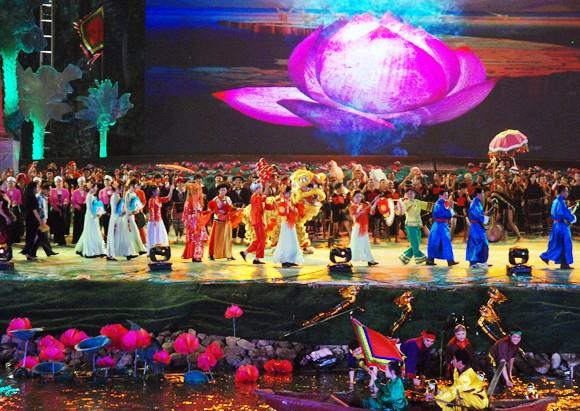 Tôn vinh văn hóa các dân tộc Việt Nam ảnh 2