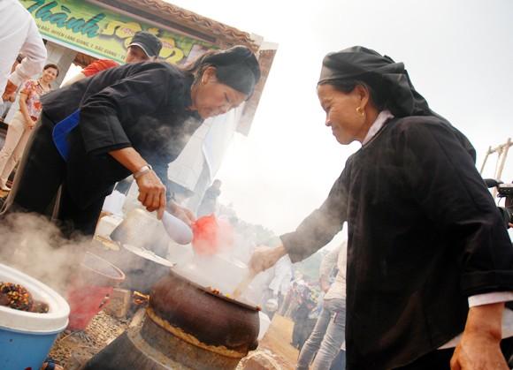 Tôn vinh văn hóa các dân tộc Việt Nam ảnh 9
