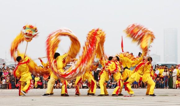 Mãn nhãn với Lễ hội múa rồng Hà Nội 2012 ảnh 5