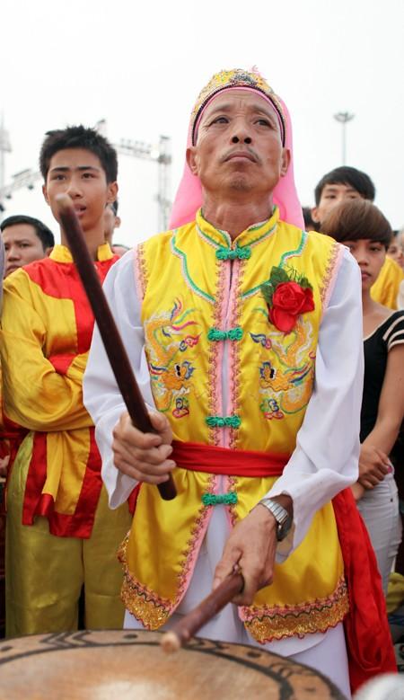 Mãn nhãn với Lễ hội múa rồng Hà Nội 2012 ảnh 12
