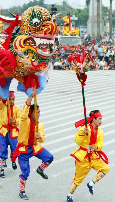 Mãn nhãn với Lễ hội múa rồng Hà Nội 2012 ảnh 19
