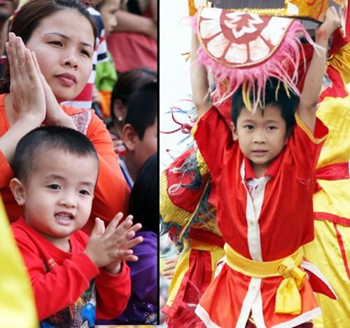 Mãn nhãn với Lễ hội múa rồng Hà Nội 2012 ảnh 18