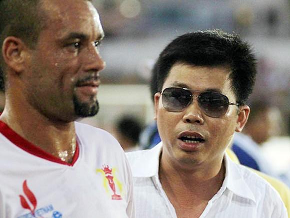 Navibank SG và V.Ninh Bình giải thể, V-League 2013 khủng hoảng ảnh 1