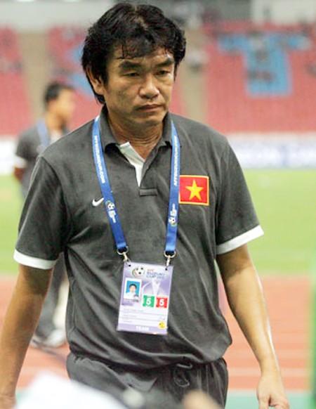 """Cái hạn tuổi 53 """"ám quẻ"""" HLV Phan Thanh Hùng ảnh 2"""