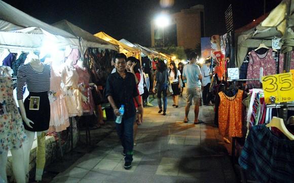 Choáng ngợp chợ đêm Bangkok ảnh 3