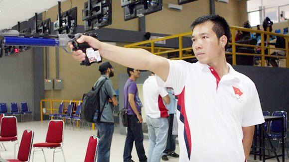 Xạ thủ Hoàng Xuân Vinh giành HCV châu Á ảnh 1