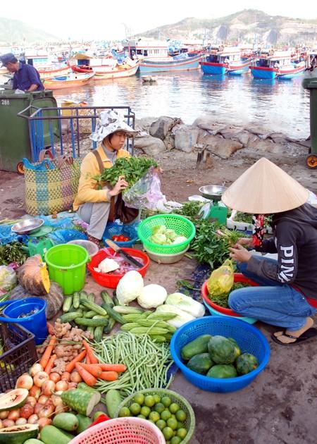 Trí Nguyên - Đảo xanh thanh bình ảnh 2