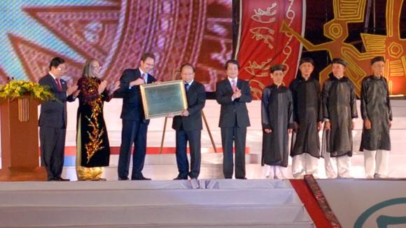 """""""Tín ngưỡng thờ cúng Hùng Vương"""" đón nhận bằng di sản của UNESCO ảnh 1"""