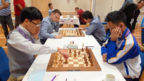 Quang Liêm, Trường Sơn rộng cửa vào vòng 2 World Cup cờ vua 2013 ảnh 1